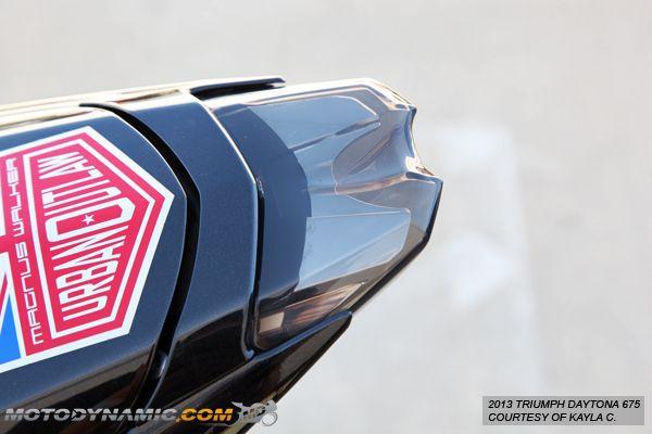 Bestlymood Supporto per targa posteriore a LED per Triumph Daytona 675 Street Triple 2013-2019
